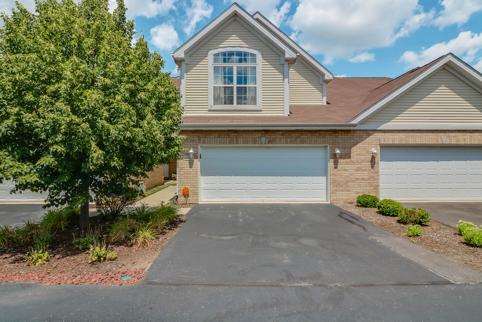 Photo of 16133 Hackney Drive  ORLAND PARK  IL
