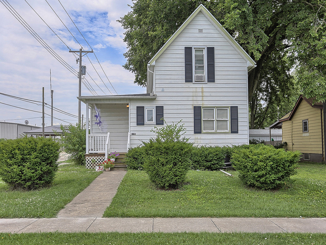 Photo of 112 West Pine Street  PAXTON  IL