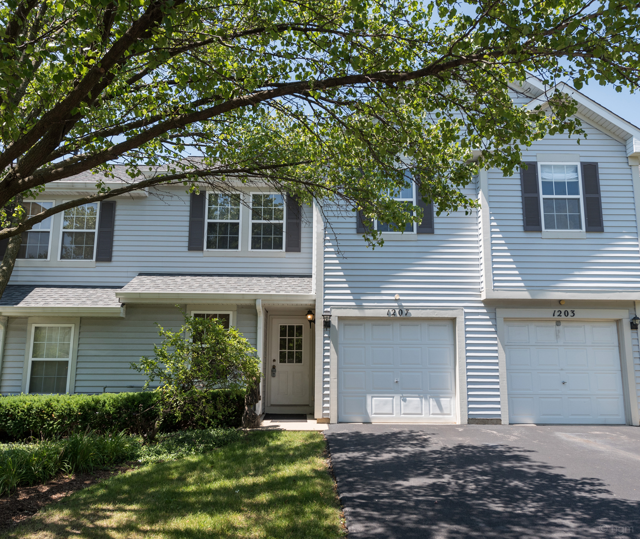 Photo of 1207 Arapaho Court  NAPERVILLE  IL