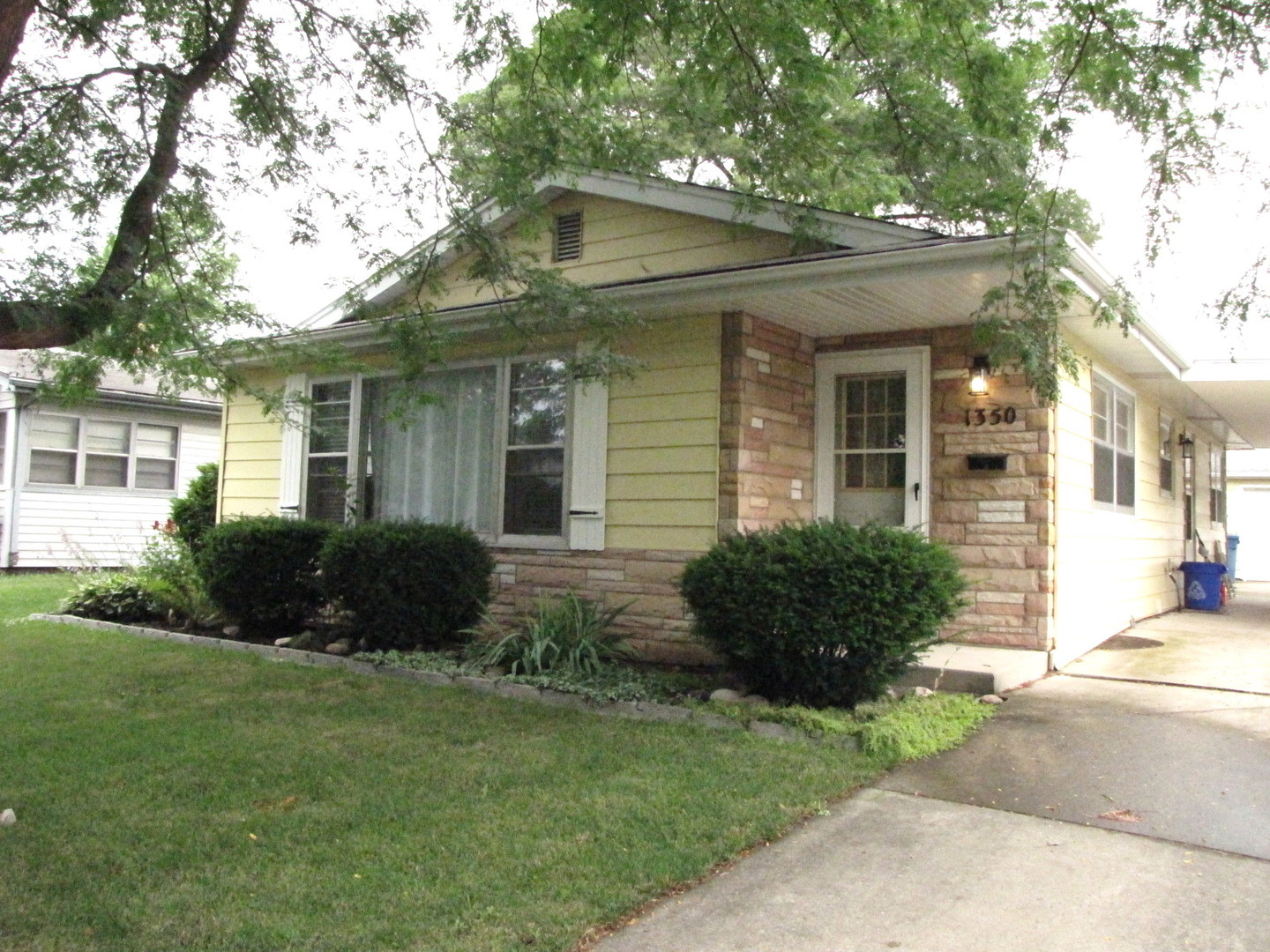 Photo of 1350 Carol Place  MONTGOMERY  IL
