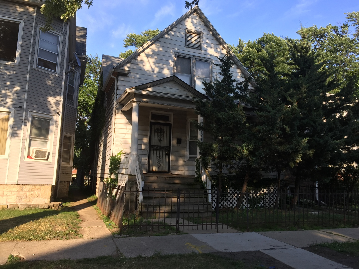 Photo of 12015 South Stewart Avenue  CHICAGO  IL