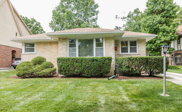 Photo of 3828 Grove Avenue  WESTERN SPRINGS  IL