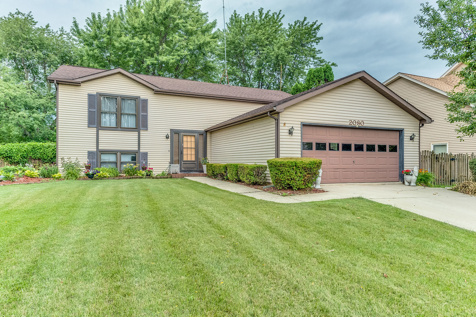 Photo of 2080 Maplewood Circle  NAPERVILLE  IL