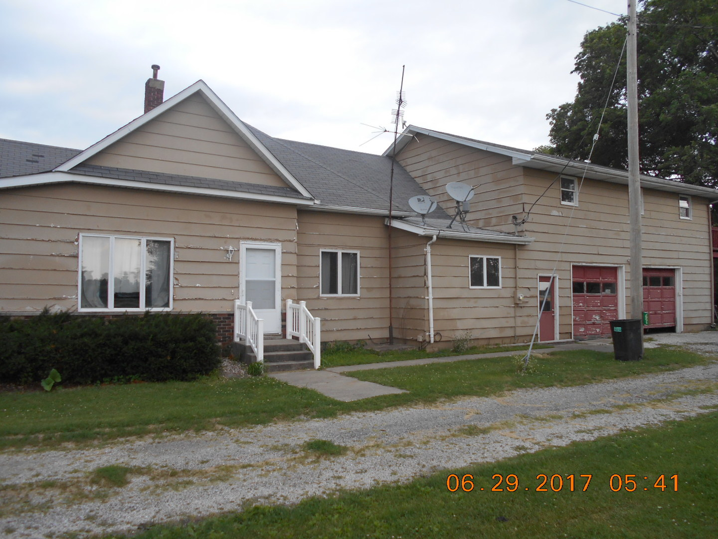 Photo of 127 West Kemp Street  ARCOLA  IL