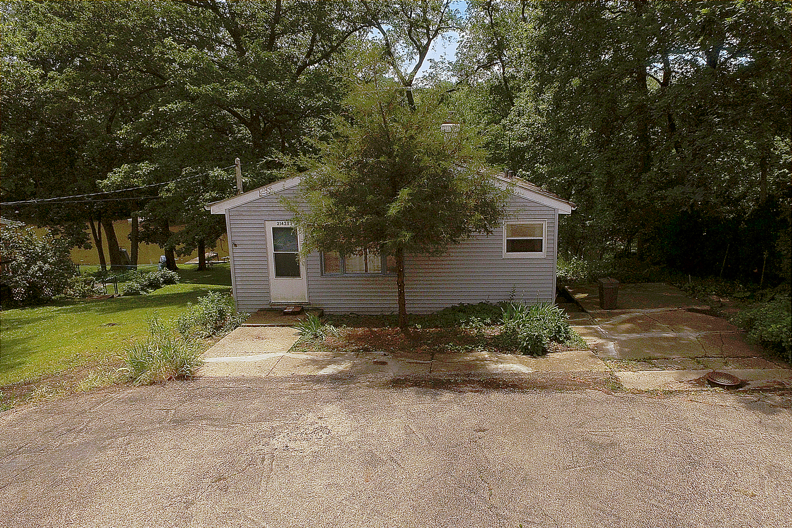 21425 West Crescent Drive, Mundelein in Lake County, IL 60060 Home for Sale