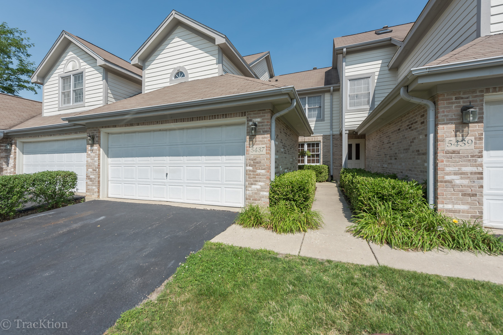 Photo of 5437 Ashbrook Place  DOWNERS GROVE  IL