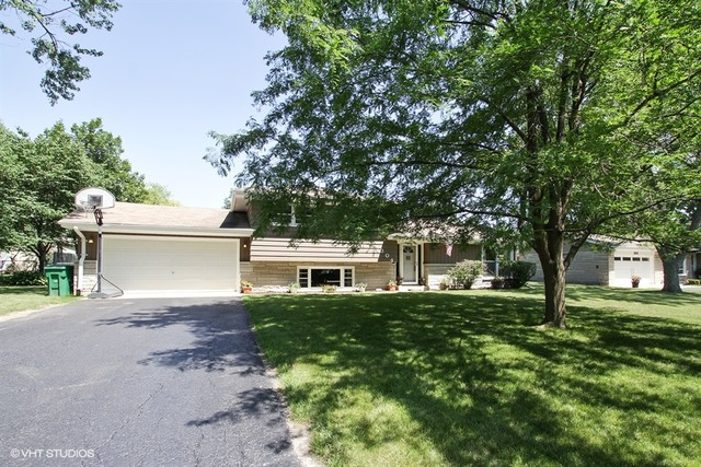 Photo of 304 Maple Lane  SHOREWOOD  IL