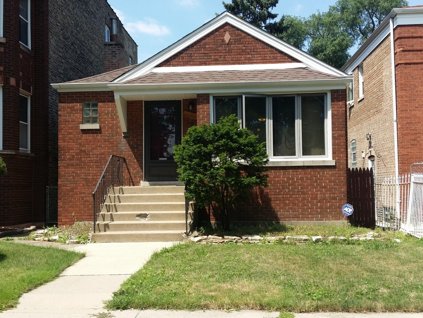 Photo of 8034 South Campbell Avenue  CHICAGO  IL