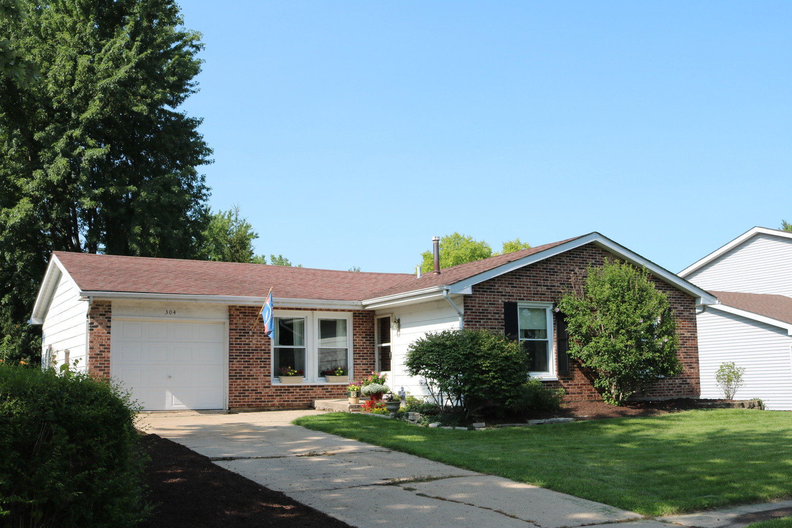 Photo of 304 Hillcrest Avenue  HAMPSHIRE  IL