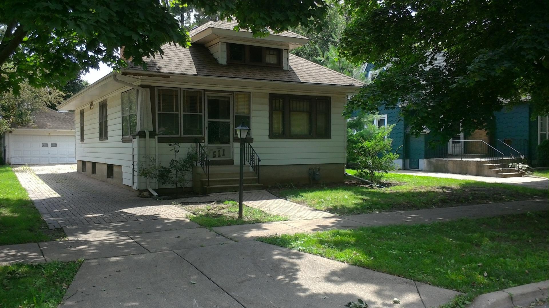 Photo of 511 WILBER Street  ELGIN  IL