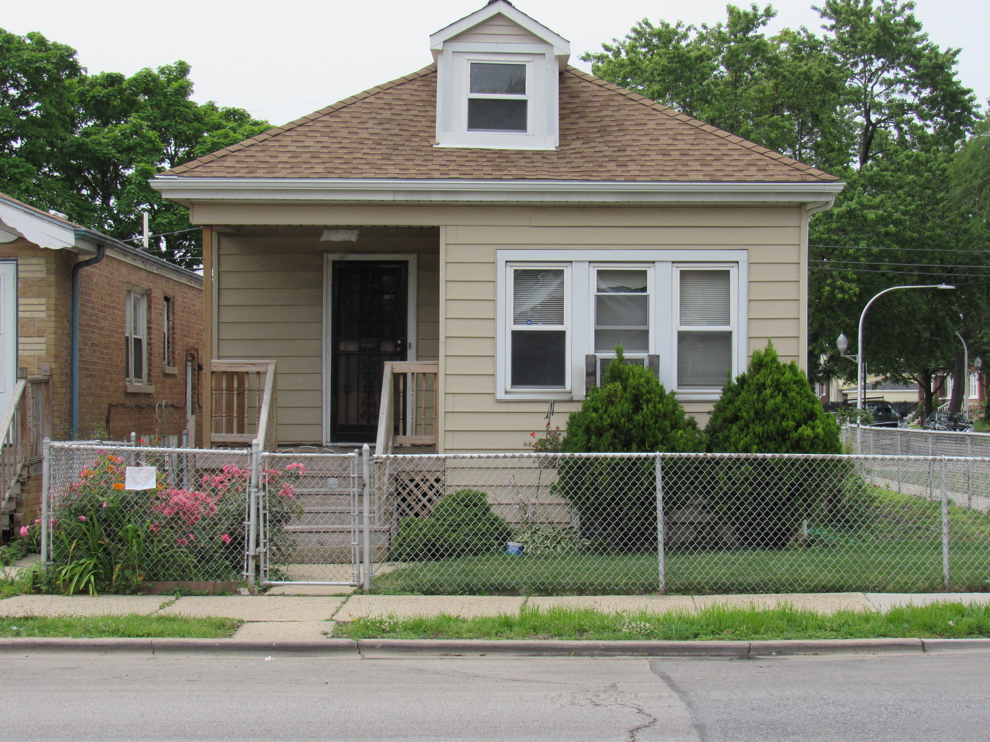 Photo of 2251 West 71st Street  CHICAGO  IL