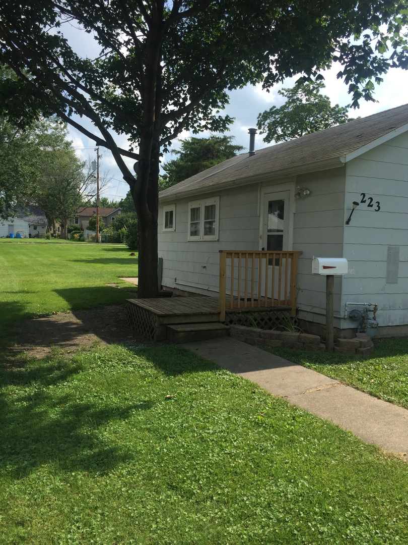 Photo of 223 West South Street  DWIGHT  IL