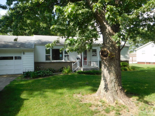 Photo of 1075 Roselawn Drive  PAXTON  IL