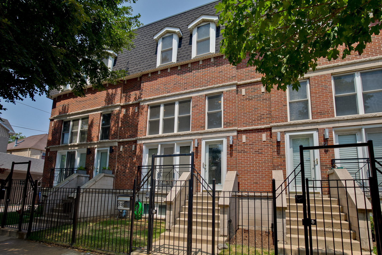 Photo of 918 East 48TH Street  CHICAGO  IL