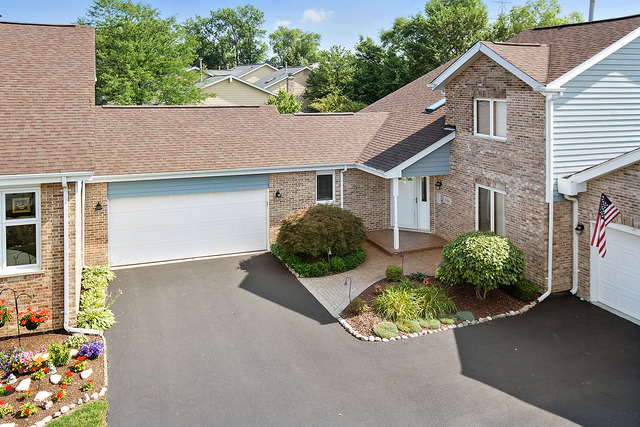 Photo of 11430 LAKEBROOK Court  ORLAND PARK  IL