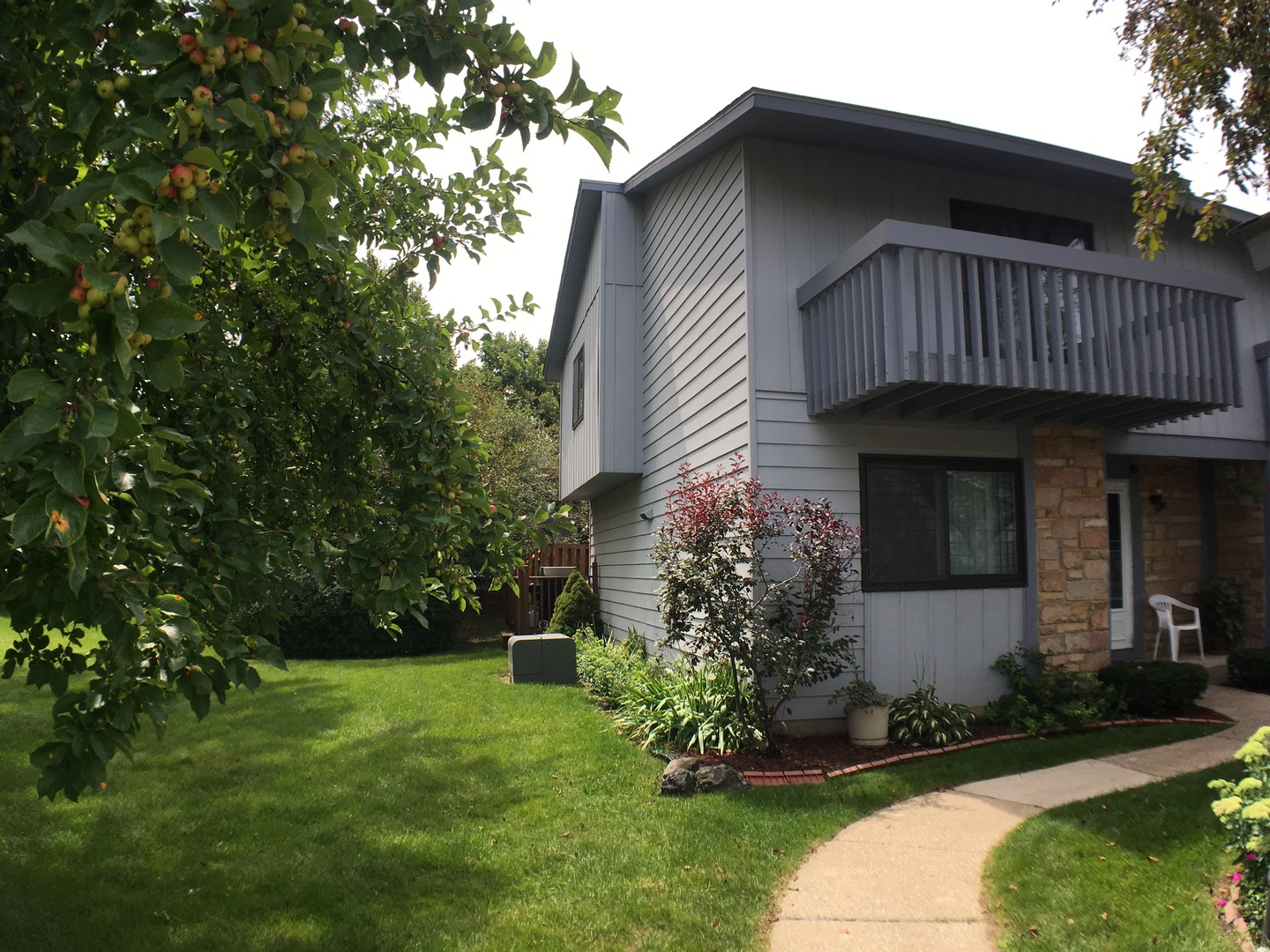 Photo of 161 Whiting Court  VERNON HILLS  IL