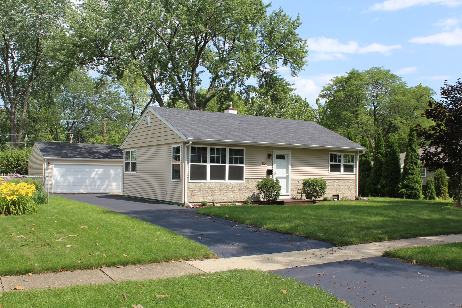 Photo of 3104 Falcon Court  ROLLING MEADOWS  IL