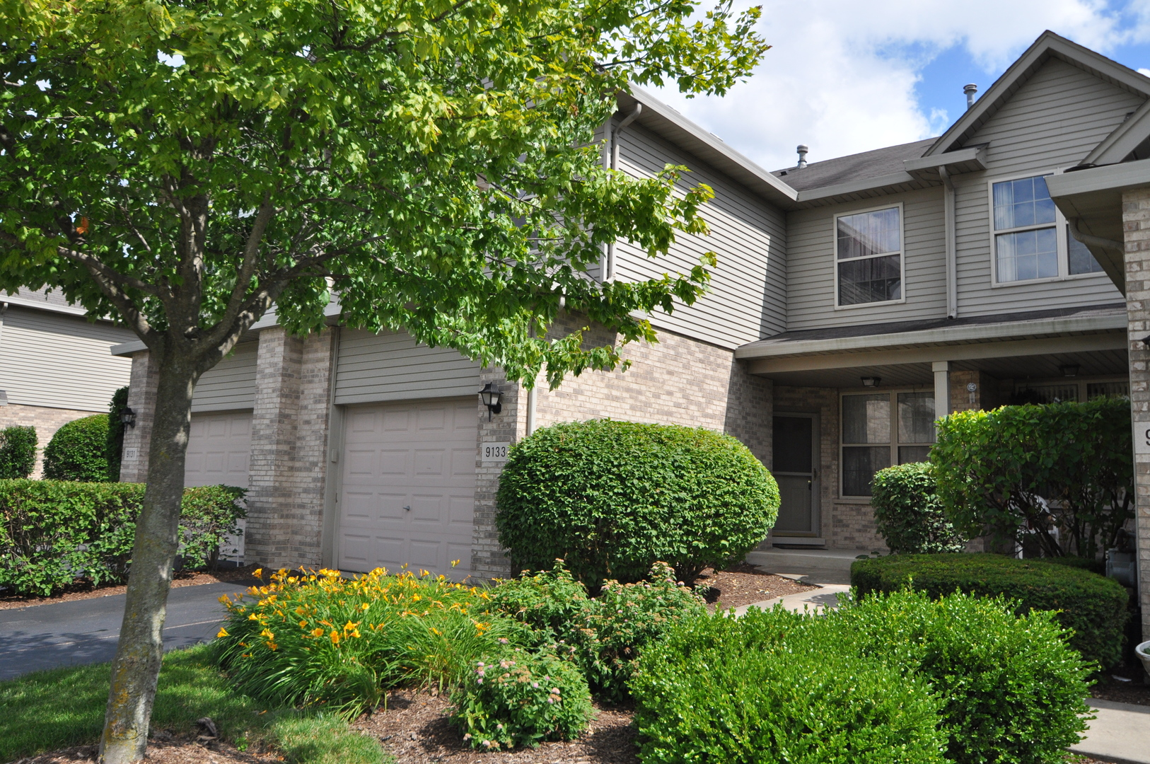 Photo of 9133 Mansfield Drive  TINLEY PARK  IL