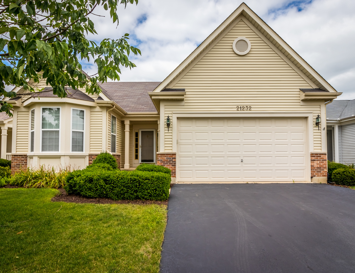 Photo of 21232 PRINCE LAKE Court  CREST HILL  IL