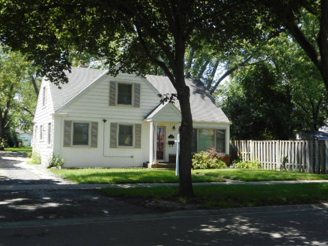 Photo of 834 North Dryden Avenue  ARLINGTON HEIGHTS  IL