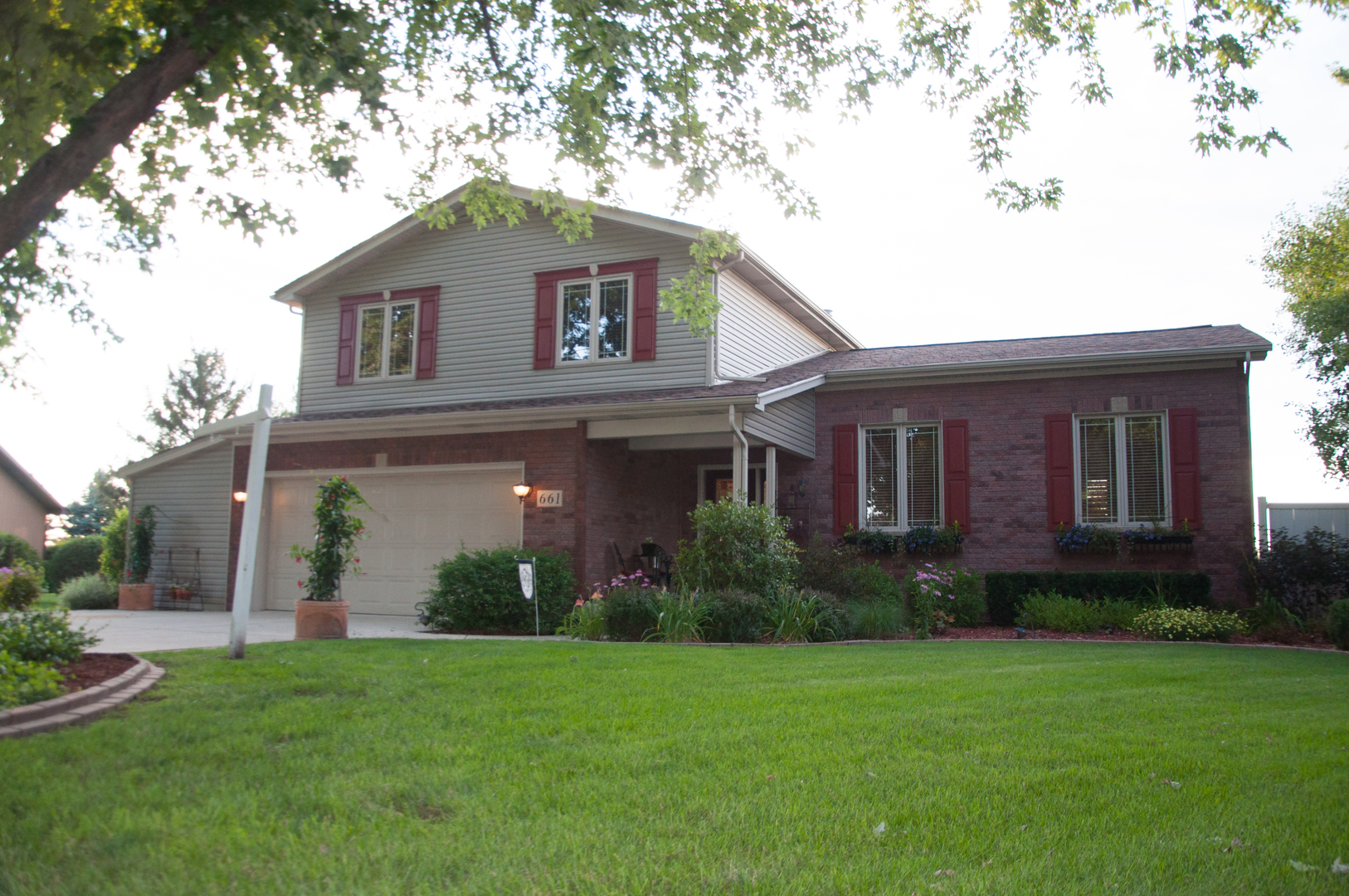 Photo of 661 Coster Court  HINCKLEY  IL