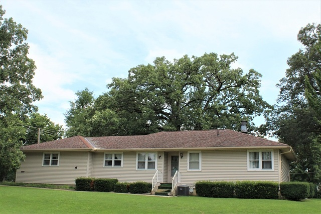 Photo of 537 East High Street  MORRISON  IL