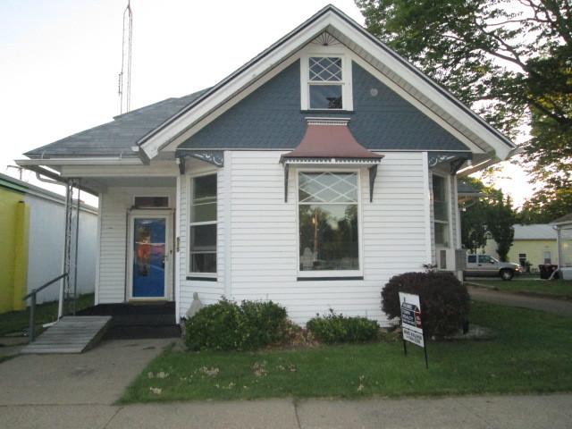 Photo of 515 Edward Street  HENRY  IL