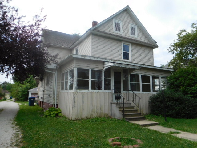 Photo of 309 East Maple Street  HOOPESTON  IL