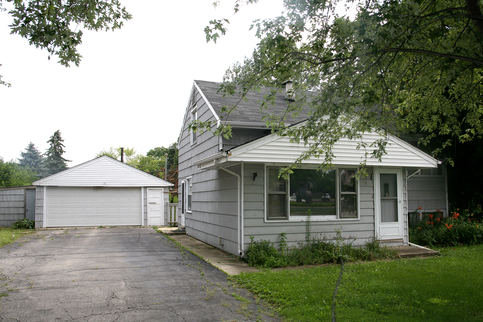 Photo of 1S325 Midwest Road  VILLA PARK  IL