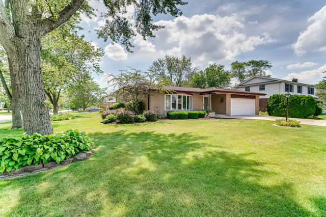 Photo of 7669 West White Pine Place  PALOS HEIGHTS  IL