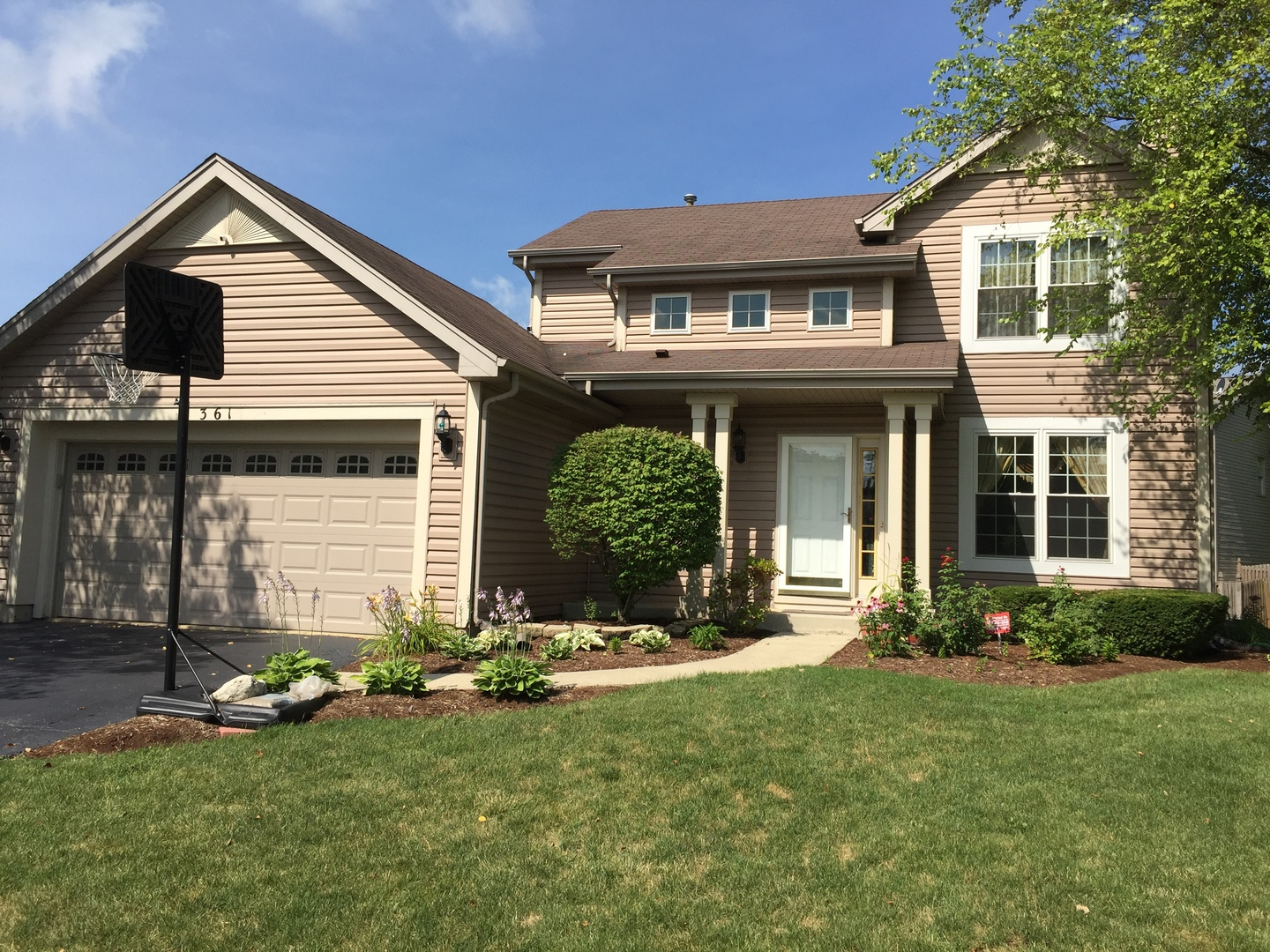 Photo of 361 Blackfoot Drive  BOLINGBROOK  IL