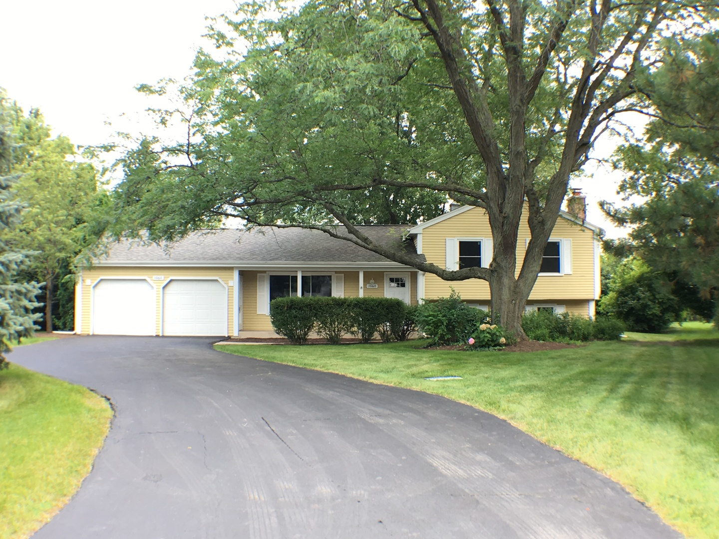 Photo of 1060 Cardinal Court  BATAVIA  IL