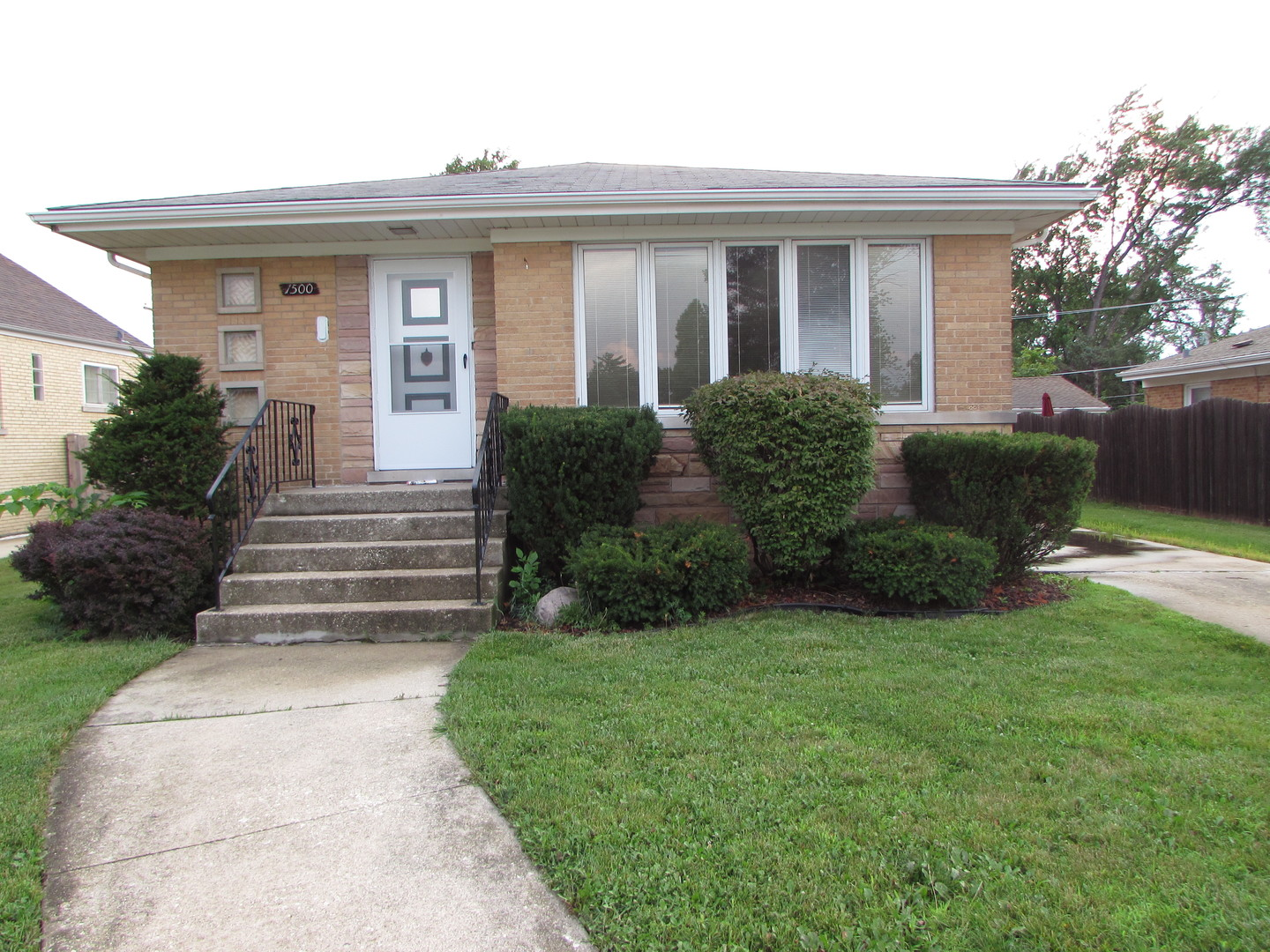 Photo of 1500 Haase Avenue  WESTCHESTER  IL