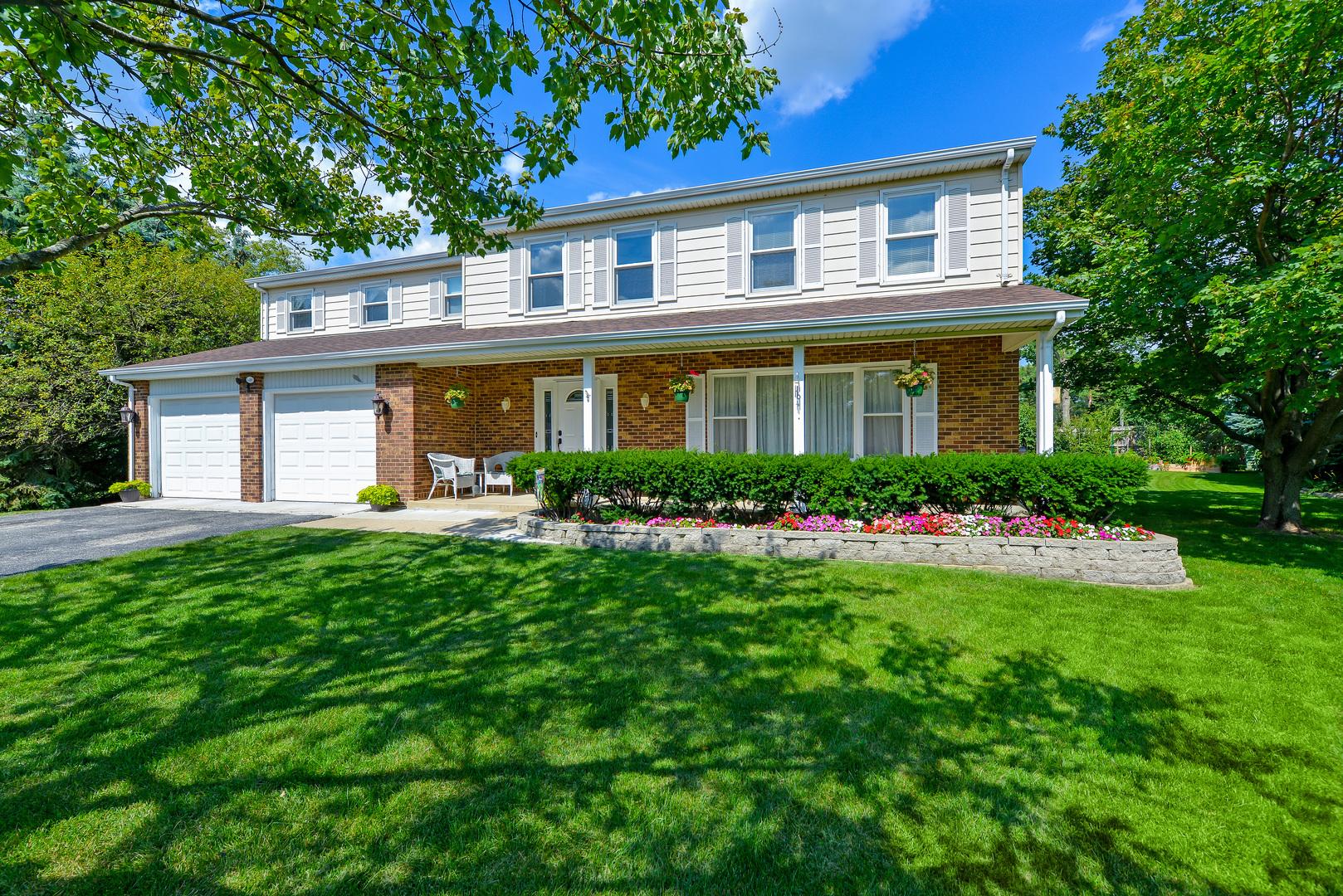 101 Tudor Drive, Barrington, Illinois