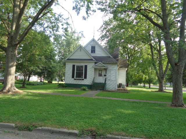 Photo of 446 West State Street  PAXTON  IL