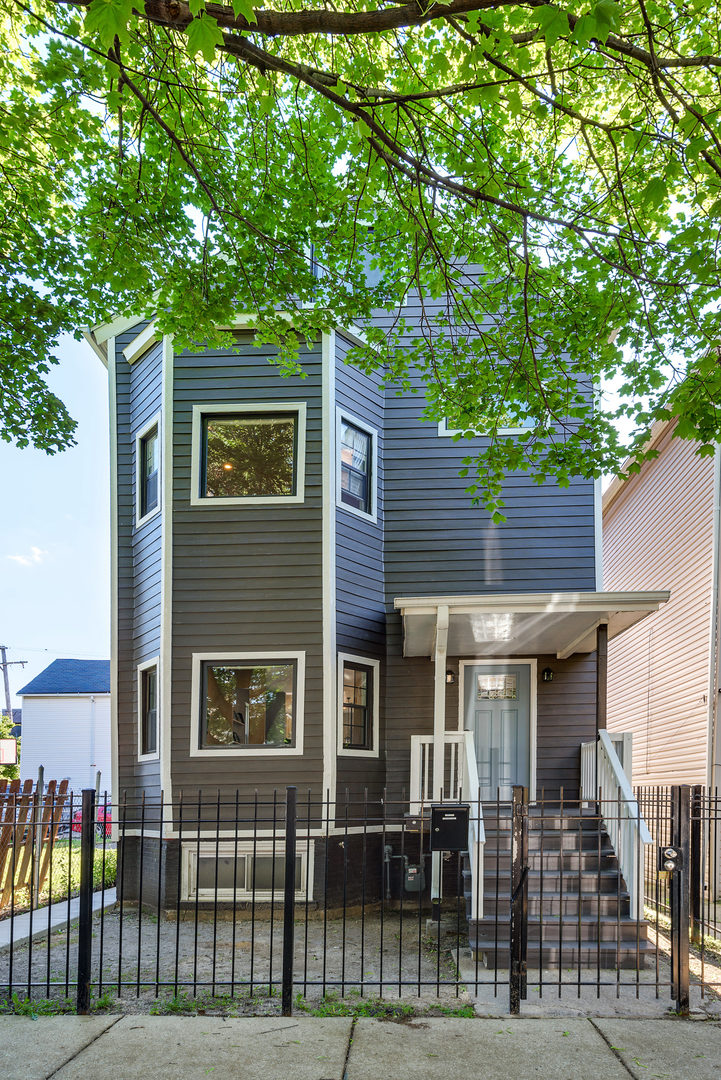 Photo of 1704 North Troy Street  CHICAGO  IL
