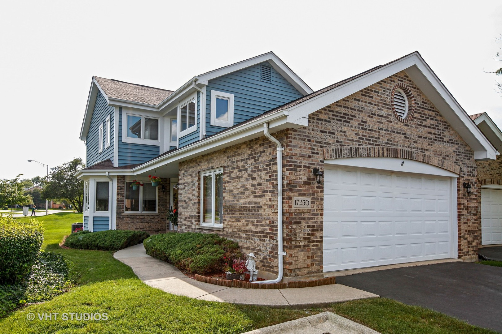 Photo of 17250 Lakebrook Drive  ORLAND PARK  IL