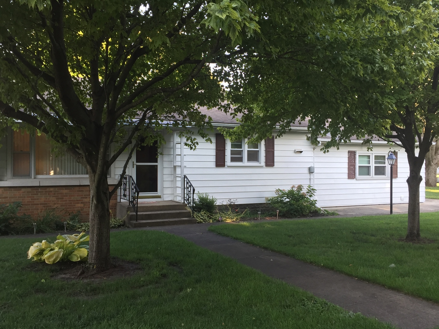 Photo of 475 6th Street  SOUTH WILMINGTON  IL