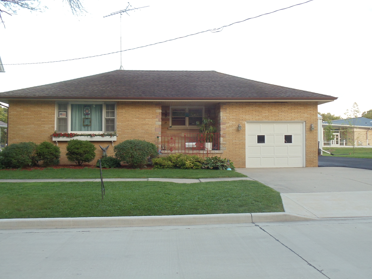 Photo of 411 South Columbia Street  DWIGHT  IL