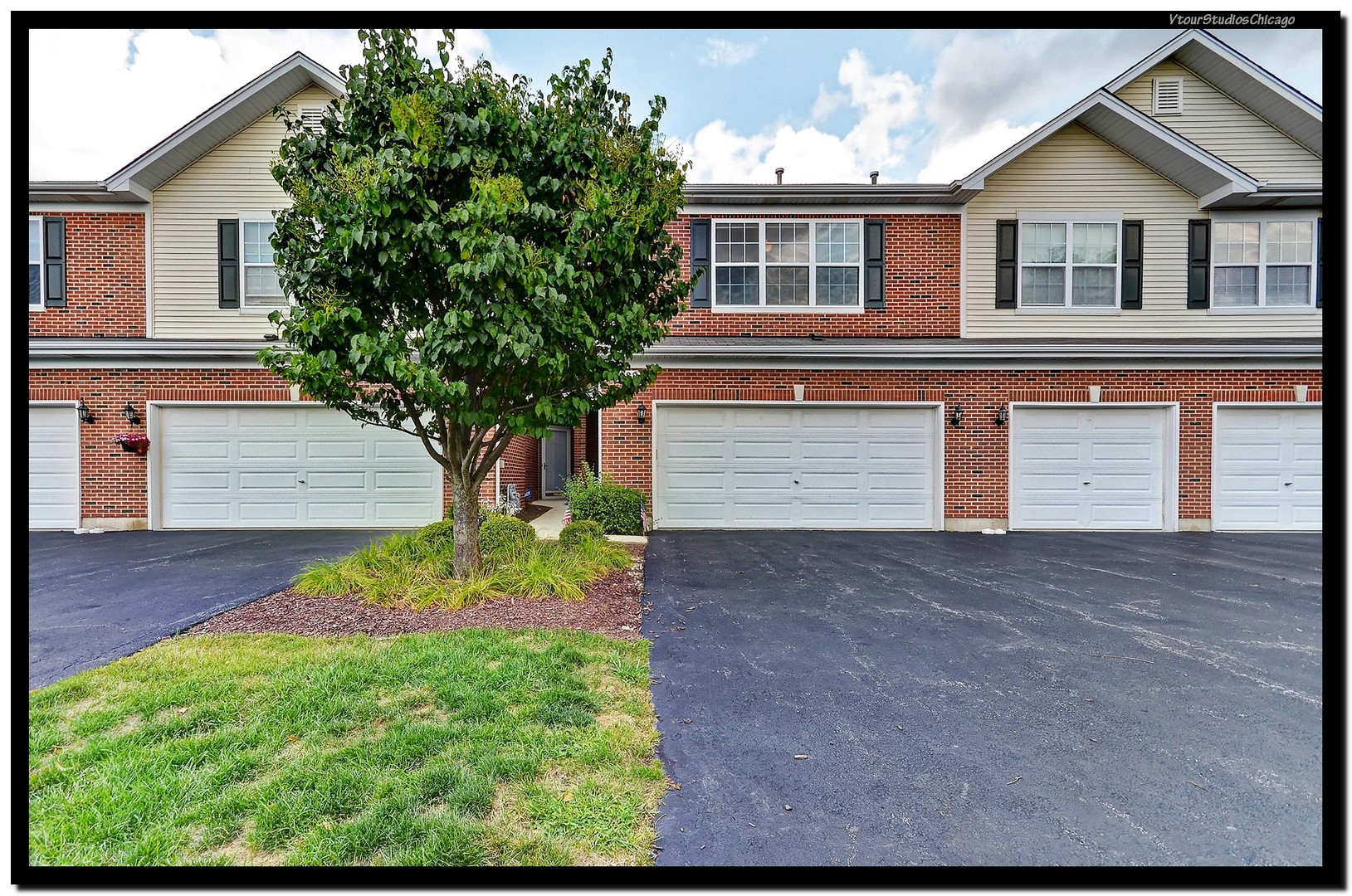 Photo of 1482 Envee Drive  BOLINGBROOK  IL
