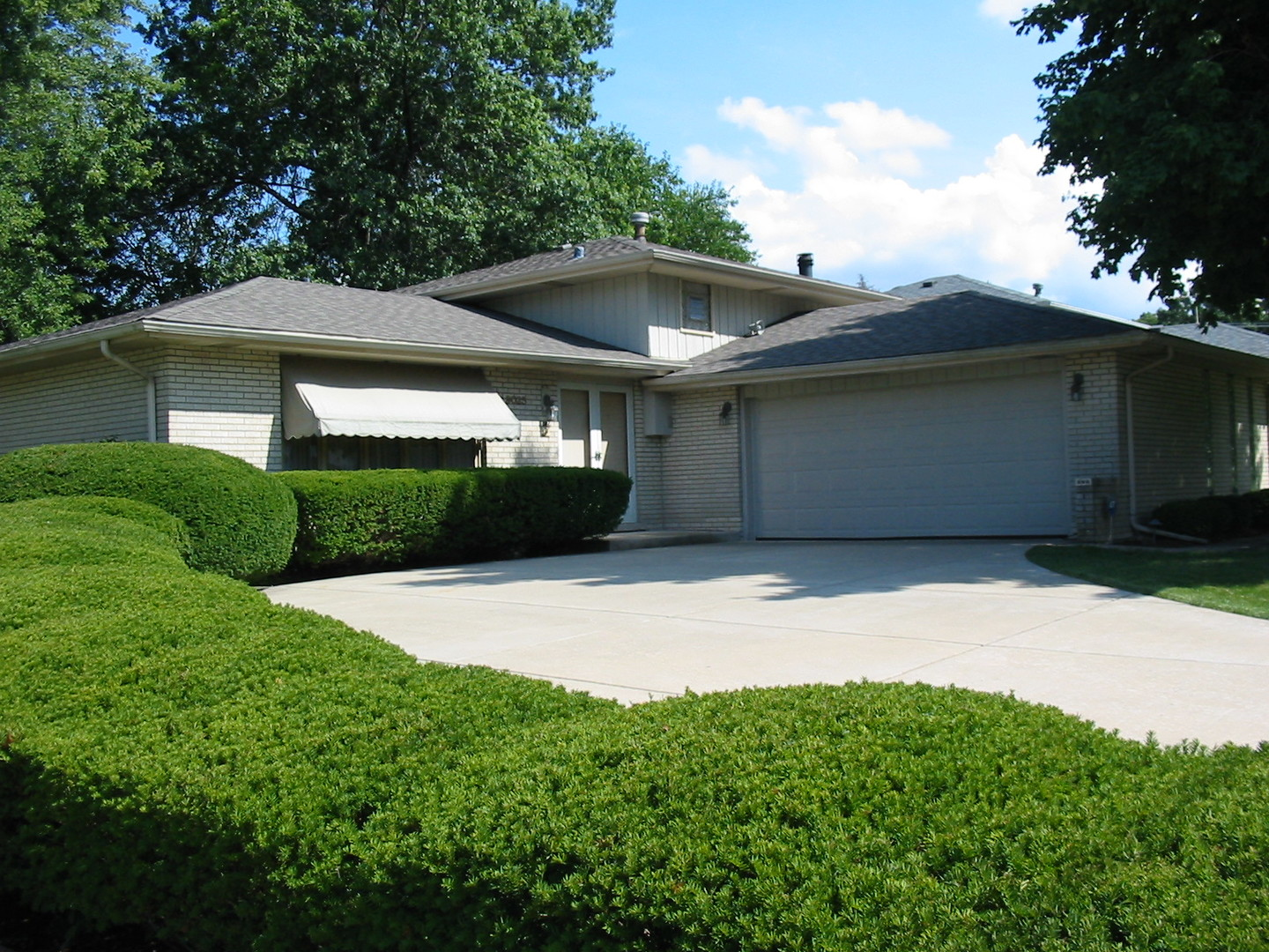 Photo of 9025 South 83rd Avenue  HICKORY HILLS  IL
