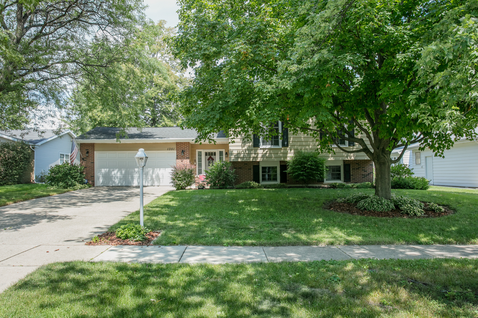Photo of 1351 Brentwood Lane  WHEATON  IL