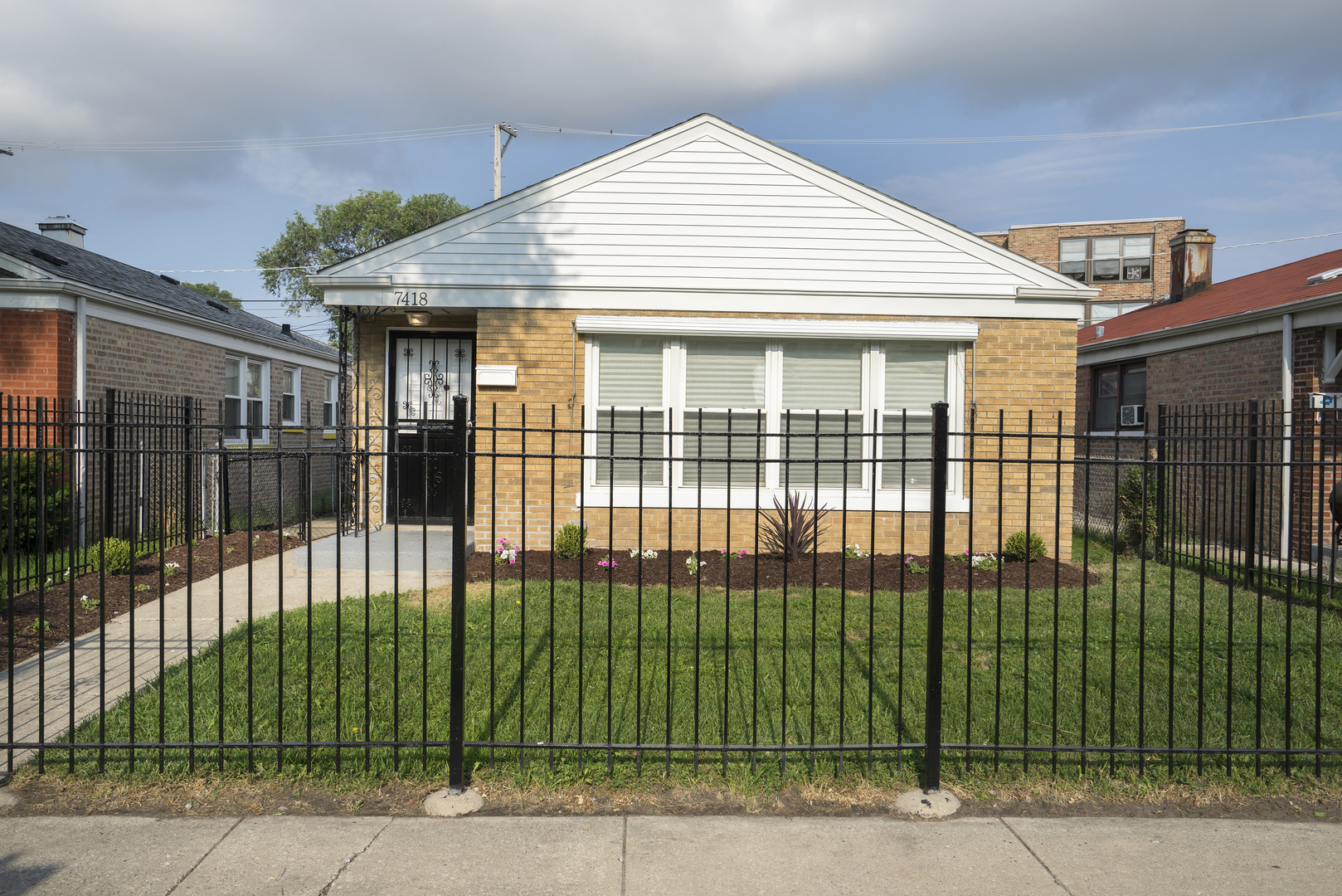 Photo of 7418 South Wentworth Avenue  CHICAGO  IL