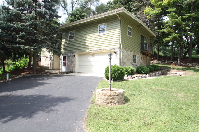 Photo of 27616 West Rowe Avenue  SPRING GROVE  IL