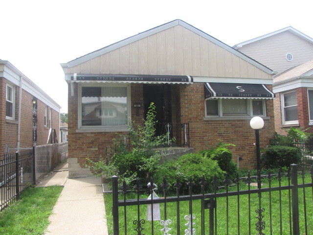 Photo of 5127 West St Paul Avenue  CHICAGO  IL