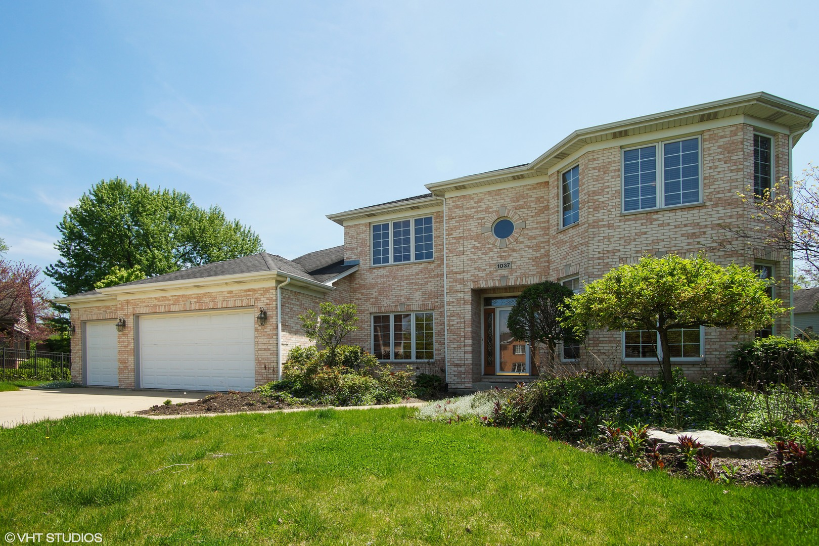 1037 East Talbot Street, Arlington Heights, Illinois
