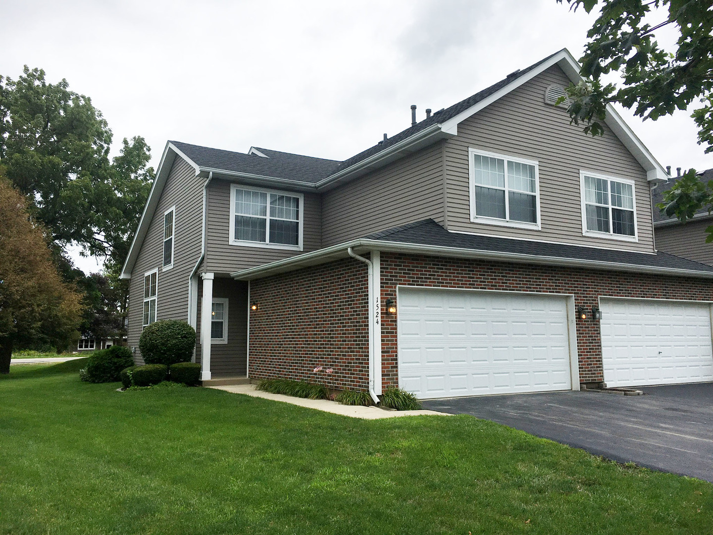 Photo of 1524 Cottonwood Trail  YORKVILLE  IL