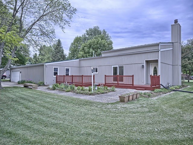Photo of 1209 North Lake of the Woods Road  MAHOMET  IL