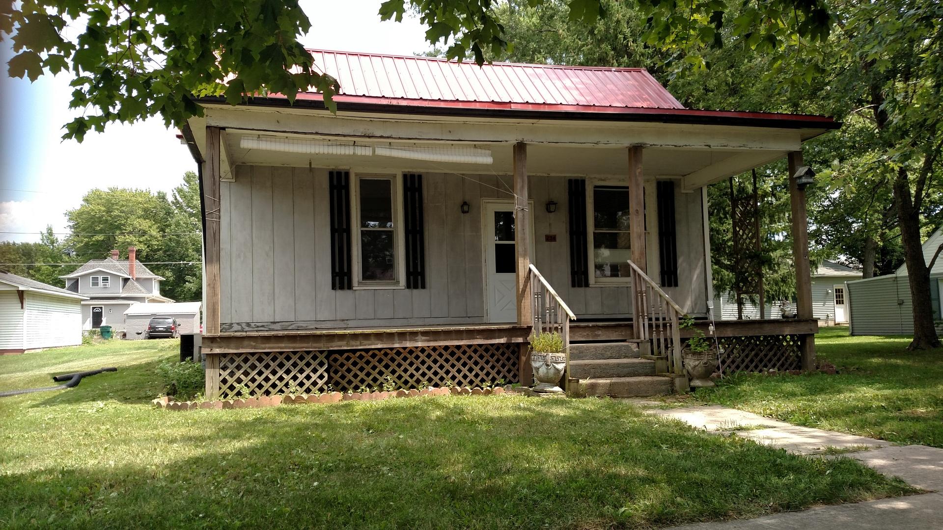 Photo of 324 North Illinois Street  ATWOOD  IL