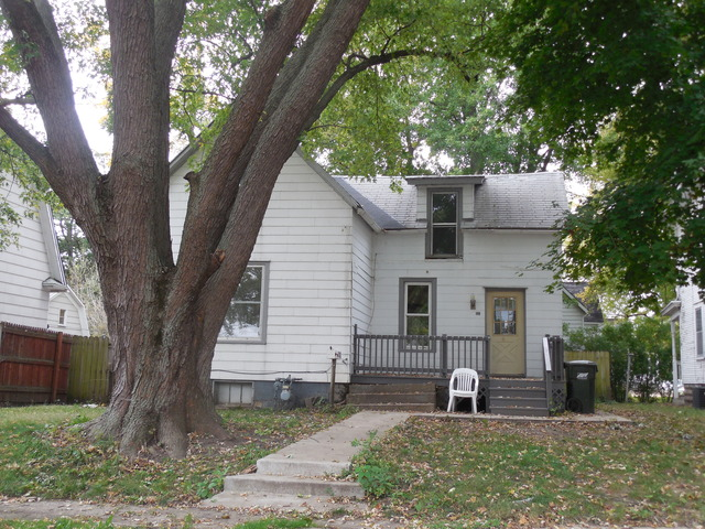 Photo of 109 7th Avenue  STERLING  IL